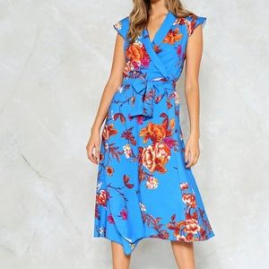 NWT Nasty Gal A Place in the Sun Floral Dress 8